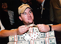 Chris Moneymaker wygrywa 2 mln usd.